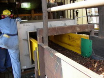 belt conveyor: hog in feed